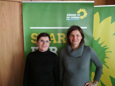 Bezirkstagslistenkandidatin Birgit Schmitt mit Manuela Rottmann, MdB