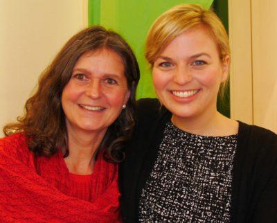 Birgid Röder mit Katharina Schulze