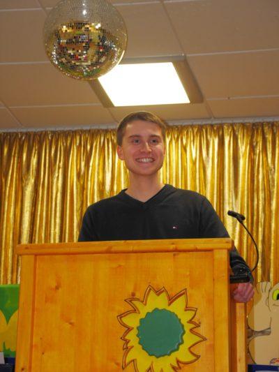 Grüne Jugend Schweinfurt Sprecher Thomas Vollmuth bei seiner Rede