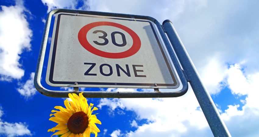 Grüne fordern großflächige Zone 30 in Werneck